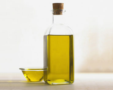 benefits of avocado oil for hair