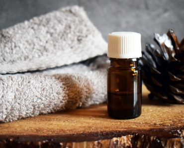 A Comprehensive Review of Body Shop Tea Tree Oil