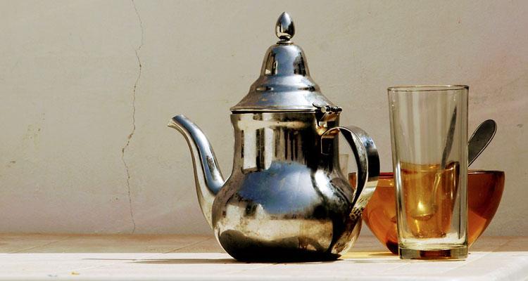 chai tea with ashwagandha powder