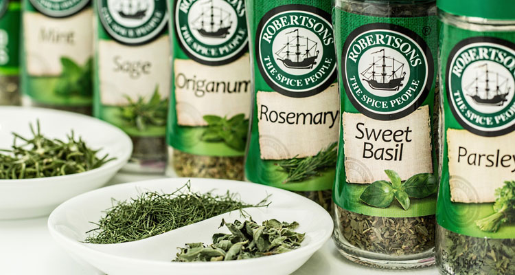 rosemary oil for skin